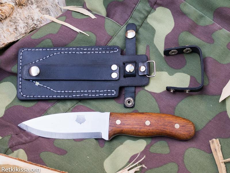 Hikercat Knife Holster Mark I:ssä on irroitettava vyölenkki.